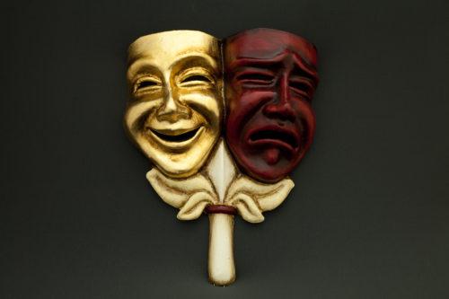 tragedia commedia oro e rossa