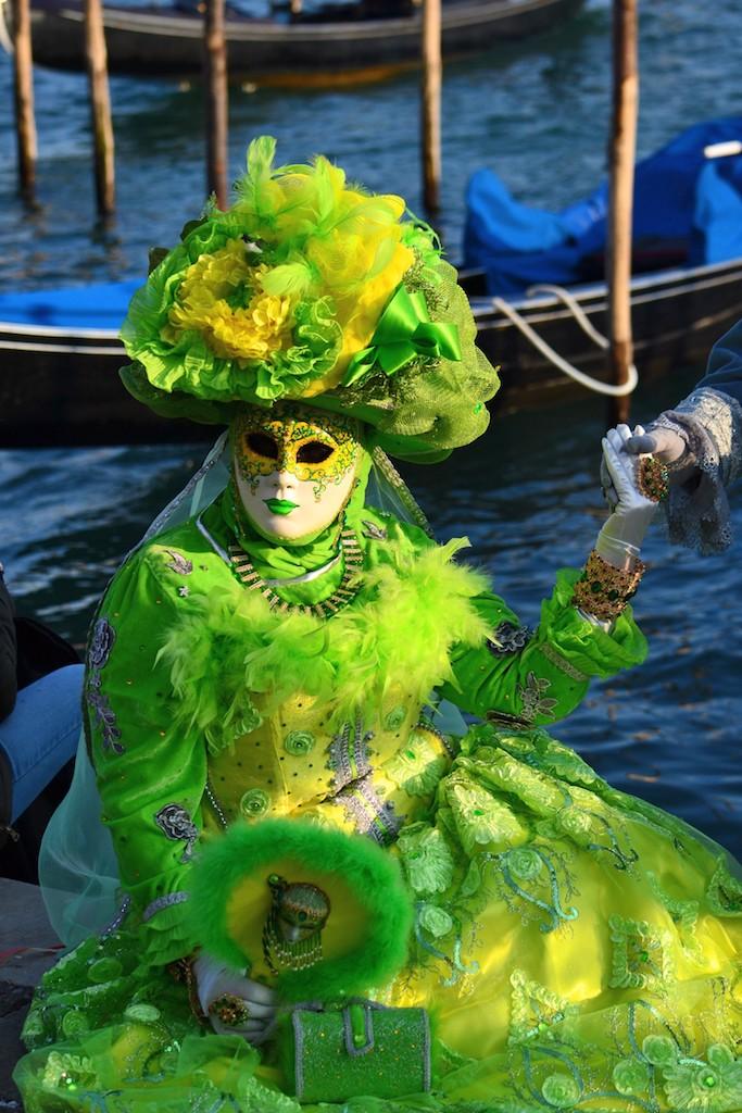 maschera verde chiaro