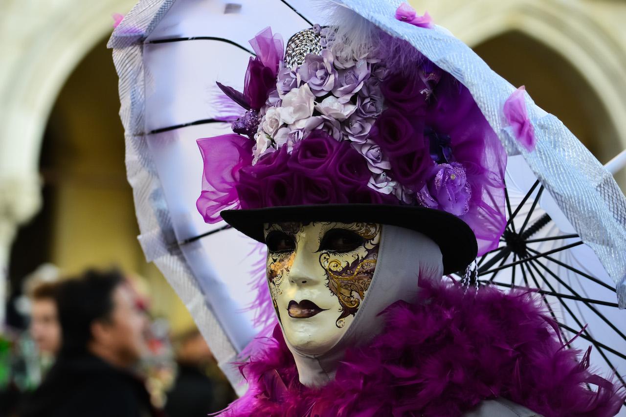 maschera viola