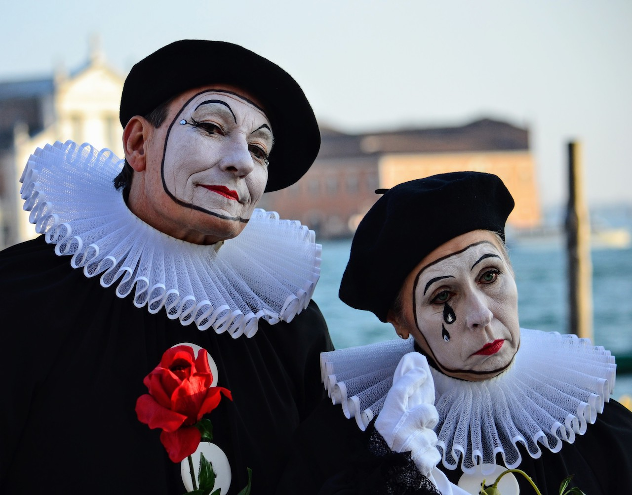 Pierrot con lacrima